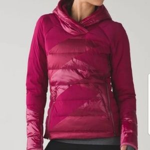 Lululemon down cozy pullover jacket 6 berry